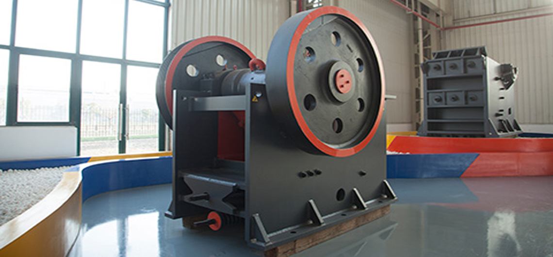 粉碎废砖废料的机器就是PE-400X600颚式破碎机,进料粒度≤340mm、处理能力16-64t/h,属于一种小型破碎机,因该设备价格实惠,也是不少用户选购的原因。...
